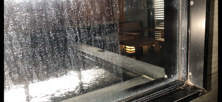 ガラス 鏡のウロコ 水垢 再生研磨